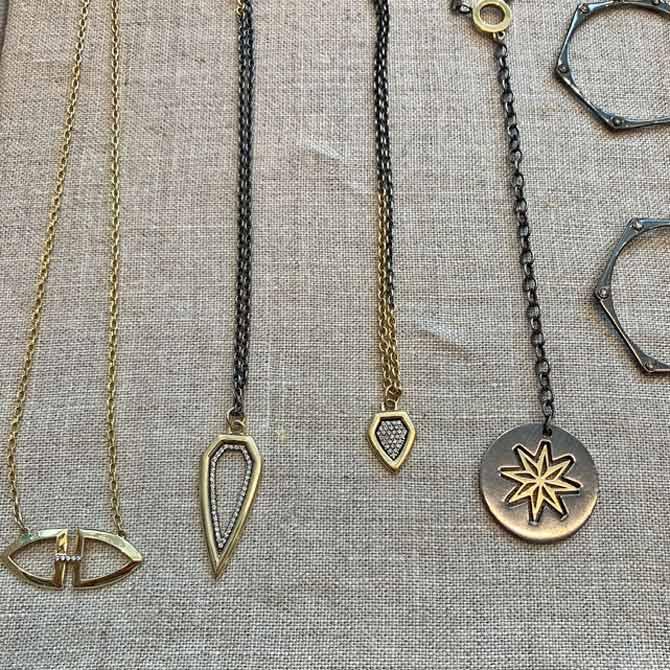 Amy Glaswand pendants