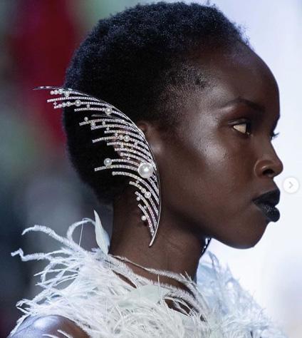 Prabal Gurung spring 2020 earring pearls