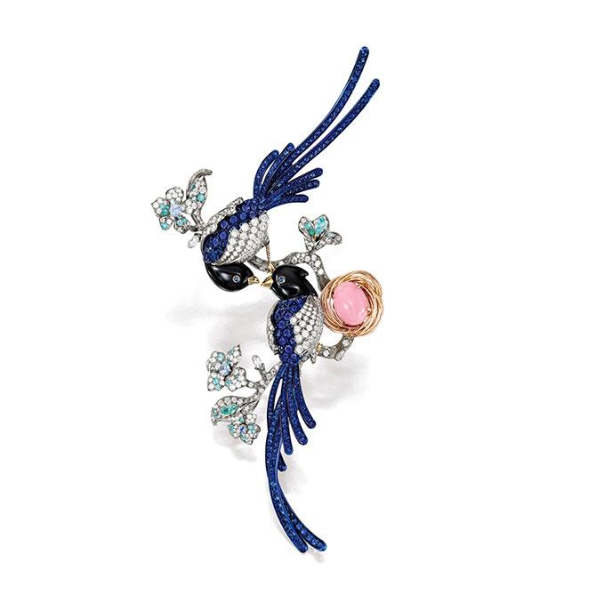 Anna Hu Blue Magpie brooch