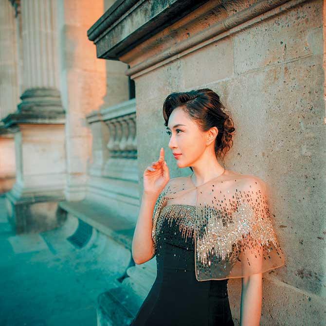 Anna Hu portrait