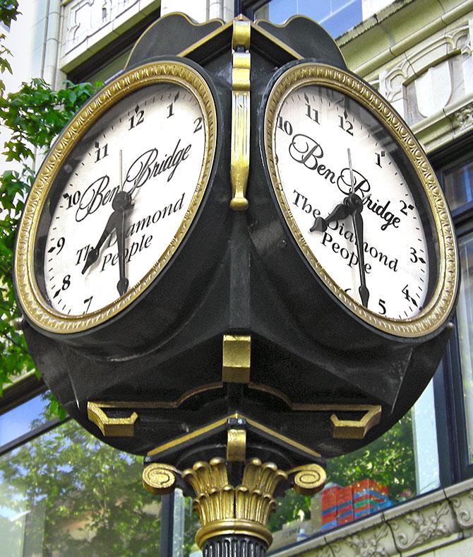 Ben Bridge clock at Pike and 4th