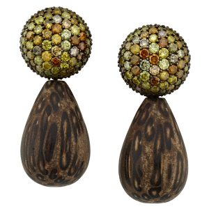 Vram Oak Tau palm earrings