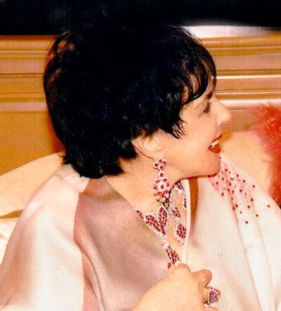 Liz Taylor at Gearys in 2007