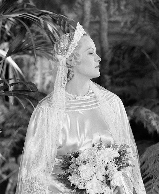 Vintage 1920s bride