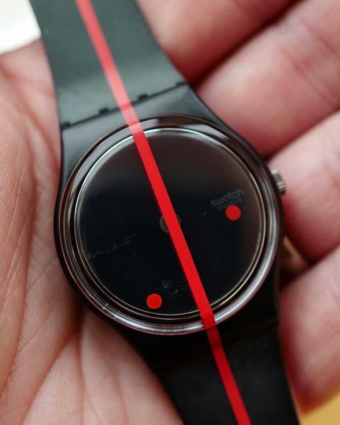 Vintage Swatch Rosso Sur Blackout