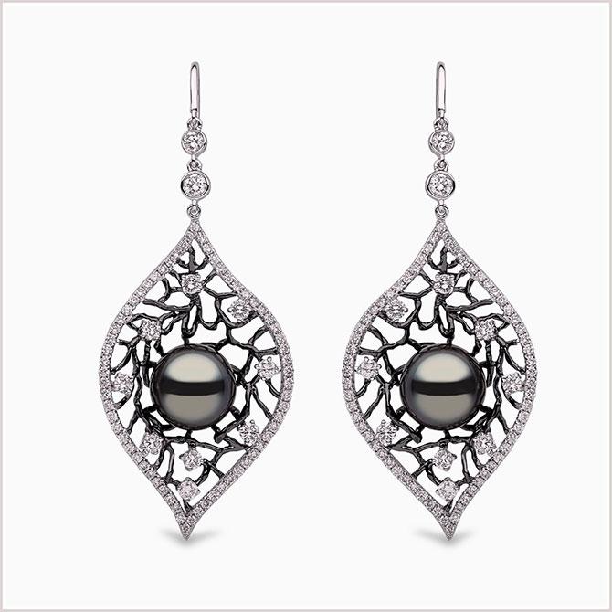Yoko London Twilight earrings