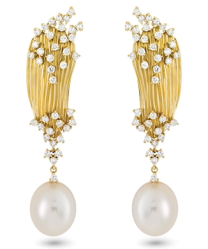 Hueb pearl diamond earrings