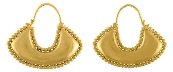 Prounis boat shape hoop earrings