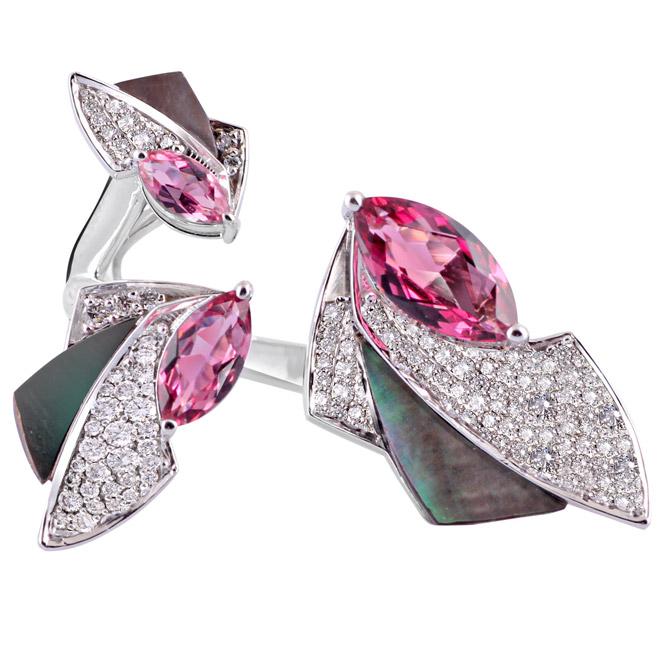 Ananya Mogra Helix ring