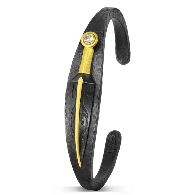 Alishan two-tone cuff bracelet