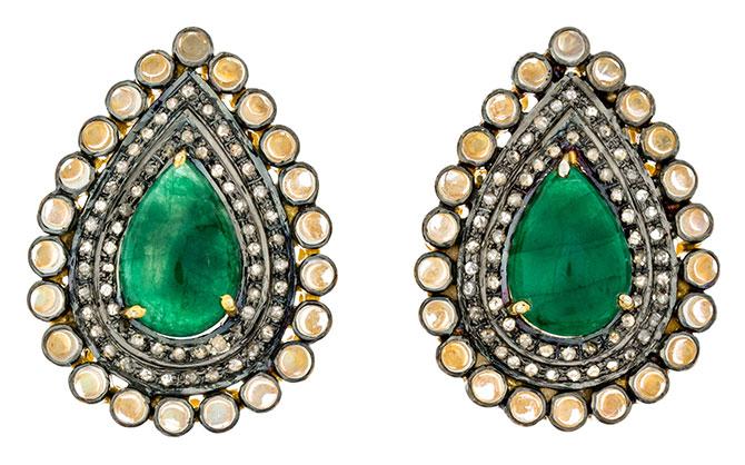 Modern Moghul Dhuti earrings