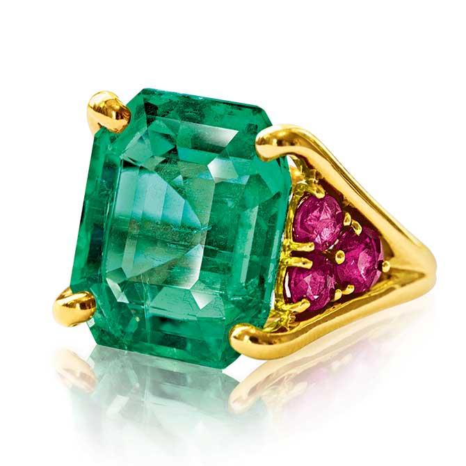 Verdura Confetti Ring with emerald