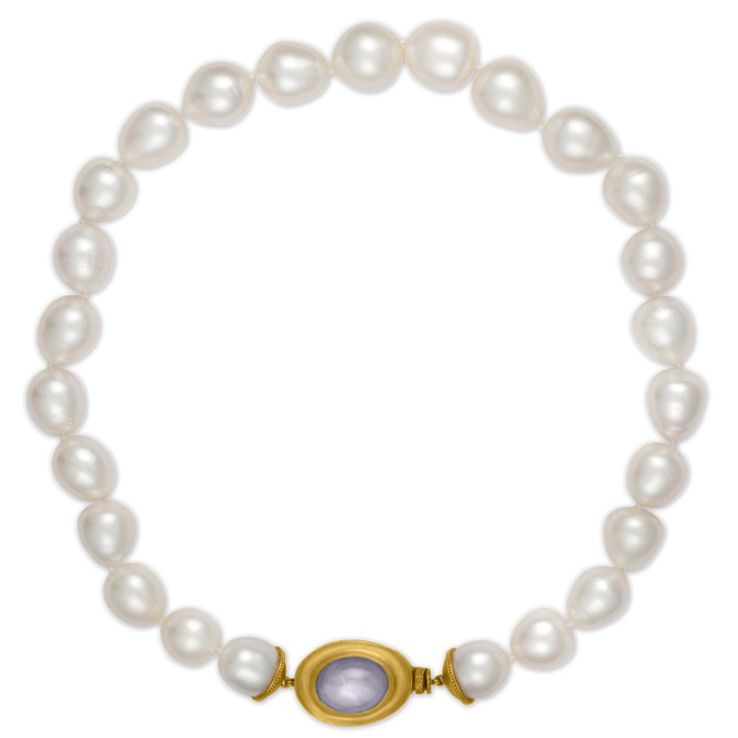 Prounis star sapphire clasp pearl bracelet