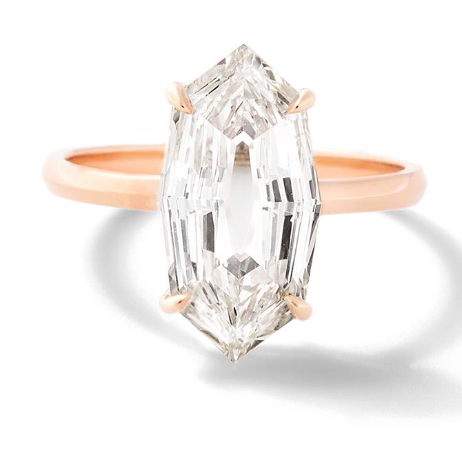 Eva Fehren engagement ring in rose gold