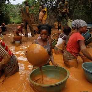 Ivory Coast gold miners