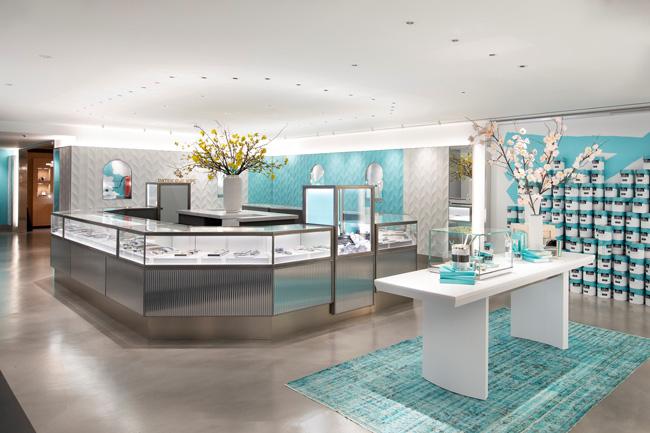 Tiffany temporary store inside