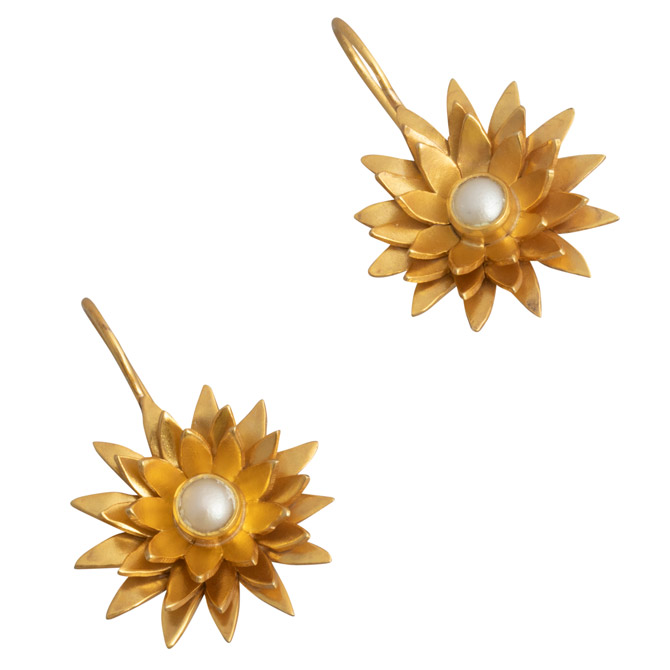 Shunaya floral pearl earrings