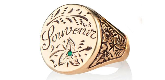 EI choice Heavenly Vices souvenir signet ring