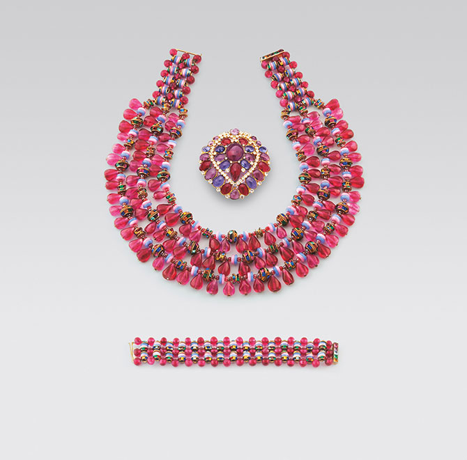 Hot pink glass dior necklace bracelet Chanel brooch