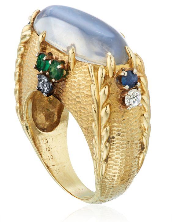 Lot 3 Cartier moonstone ring