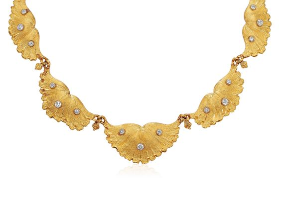 Lot 48 Bucellati necklace