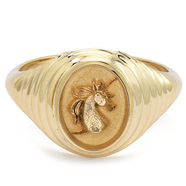 Retrouvai Baby Fantasy Unicorn signet ring