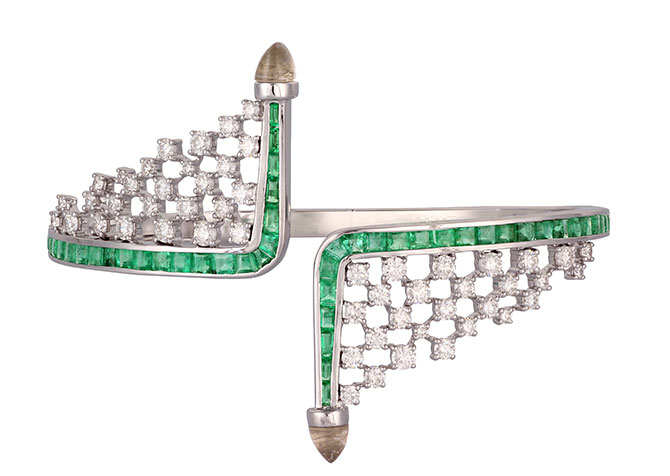 Ananya Scatter bangle with emeralds