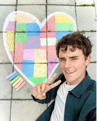 Connor Franta Lightbox