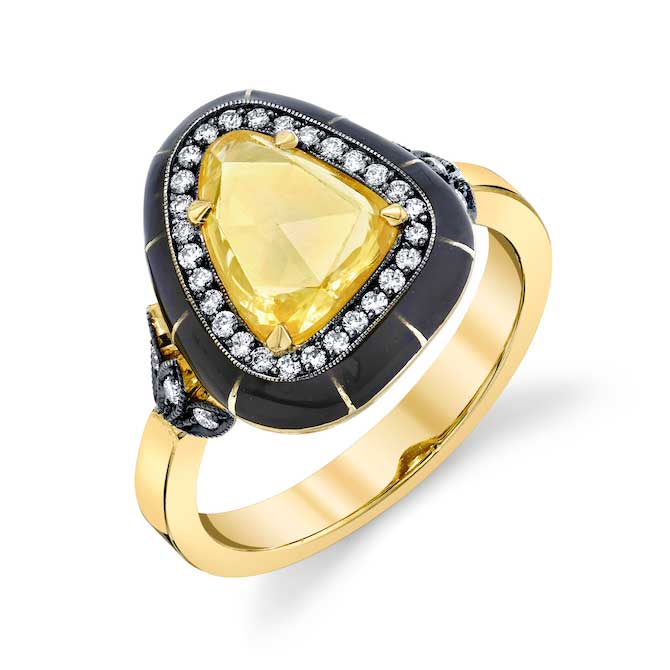 Lord Jewelry yellow sapphire ring