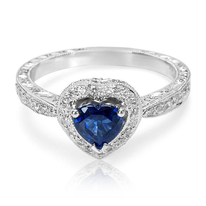 Gemma Heart sapphire ring