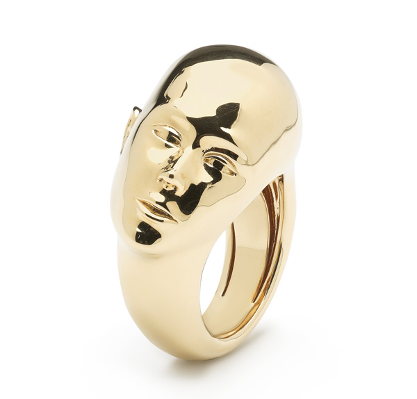 Bibi van der Valden big faces ring