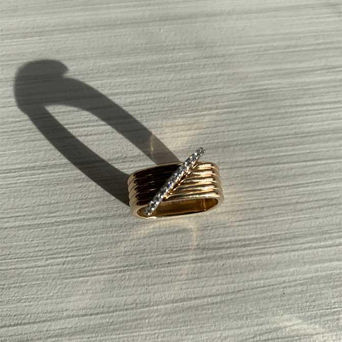 Emilie Heathe Seliln Kent ring