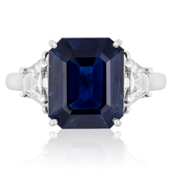 Andreoli sapphire ring
