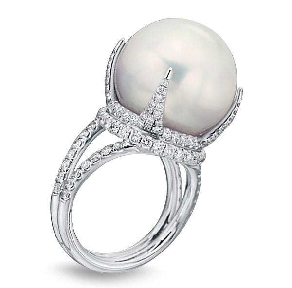 Baggins South Sea pearl diamond ring
