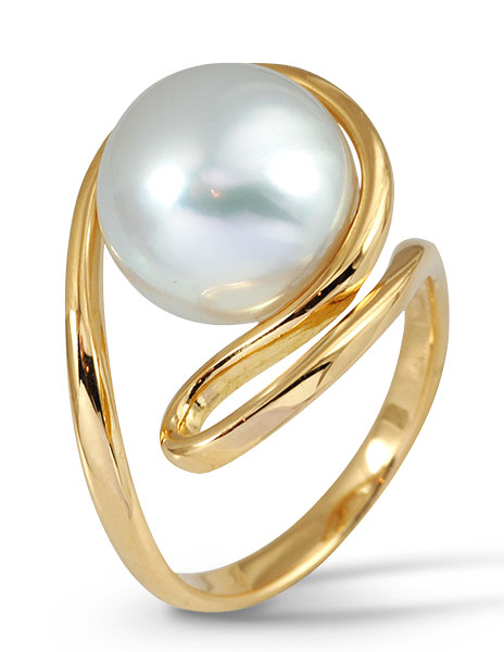 Kavant and Sharart south sea pearl ring