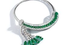 David Webb emerald diamond necklace