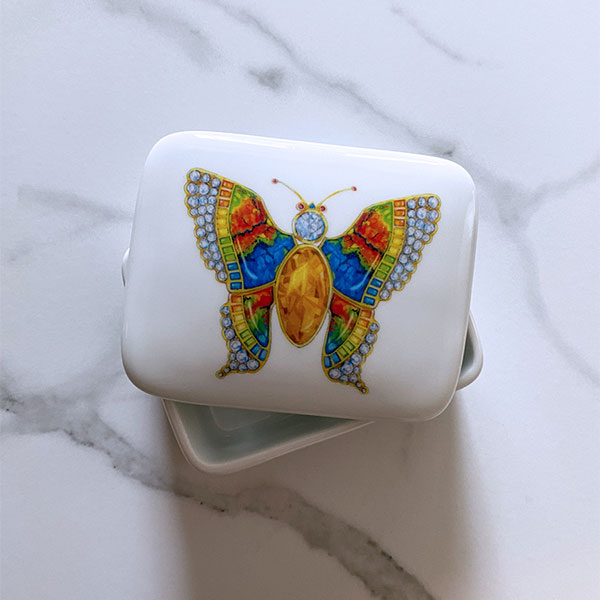 Julers Row butterfly ring box
