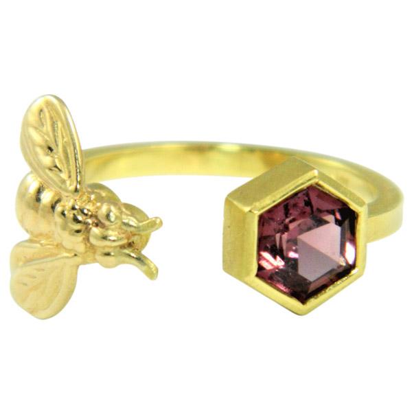 Alison Nagasue bee ring