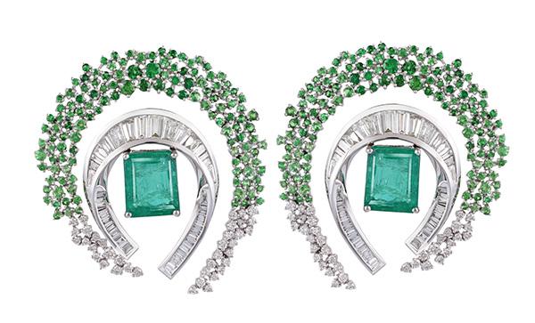 Ananya emerald earrings