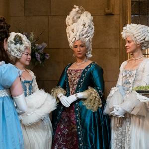 BRIDGERTON queen at court