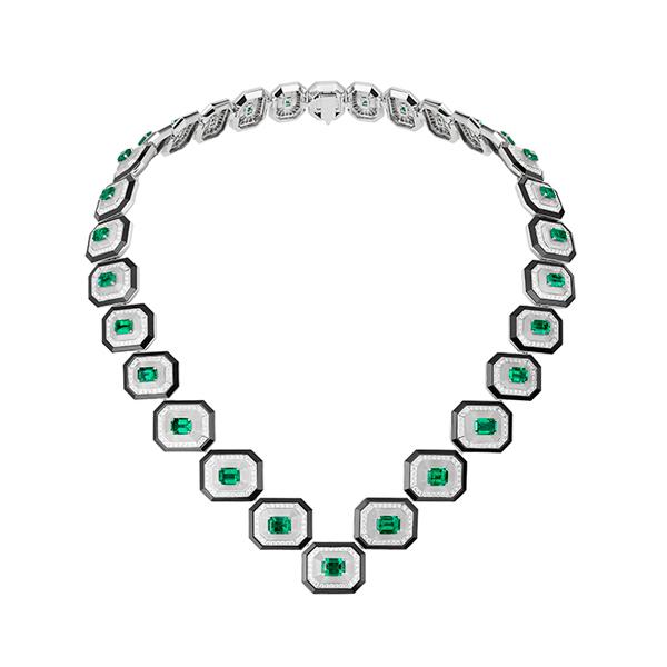 Col Emeraudes necklace