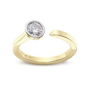 Lightbox lab grown diamond ring