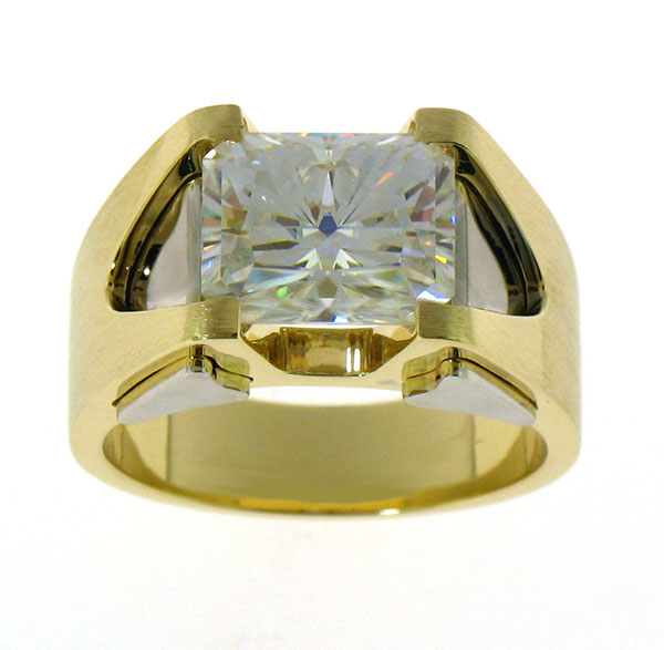 Jeffrey Debs custom 14k gold lab-grown diamond engagement ring