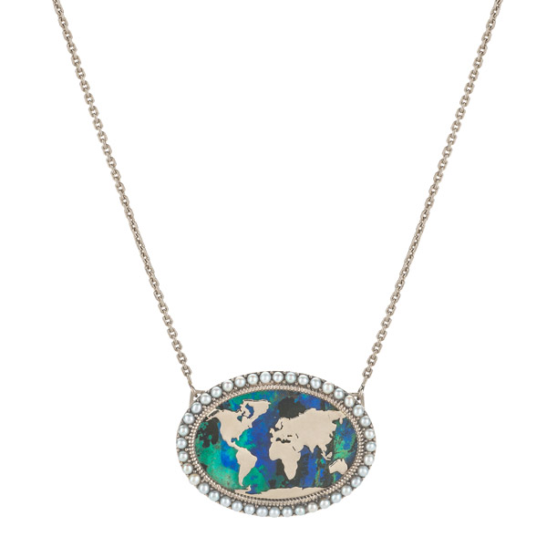 Venyx Rhea necklace