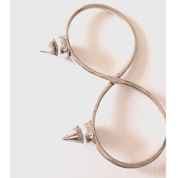Amulet by D Bloddy Knuckle ring