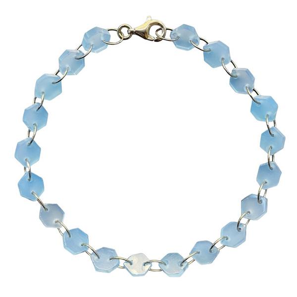 Noor Shamma infinity bracelet