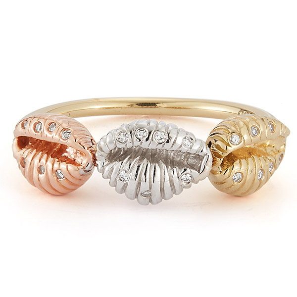 Renna Three Baby Shells ring