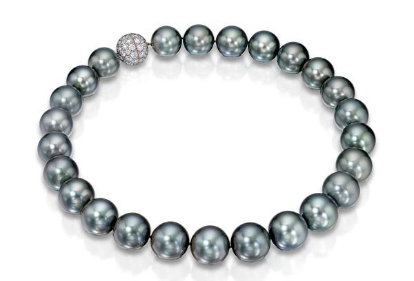 Assael necklace