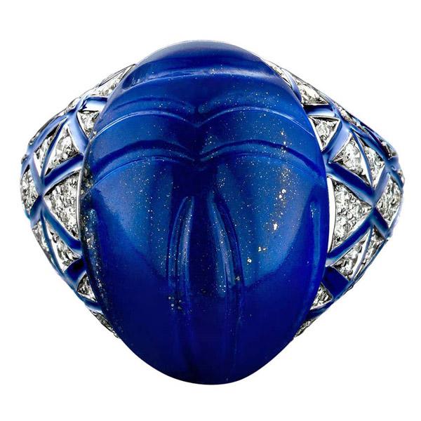 Bare scarab ring