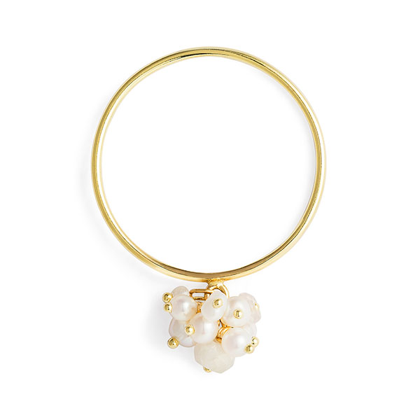 Sweetpea pearl cluster ring